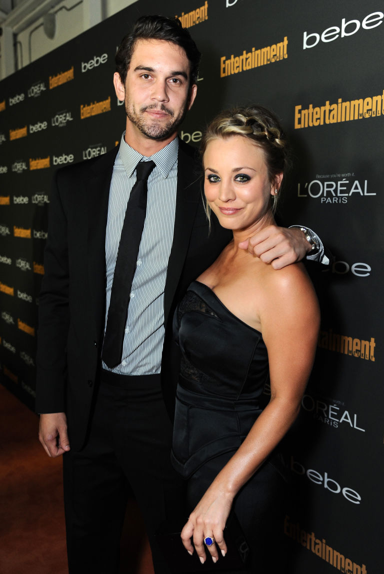 Johnny Galecki And Kaley Cuoco Engaged | www.pixshark.com ...