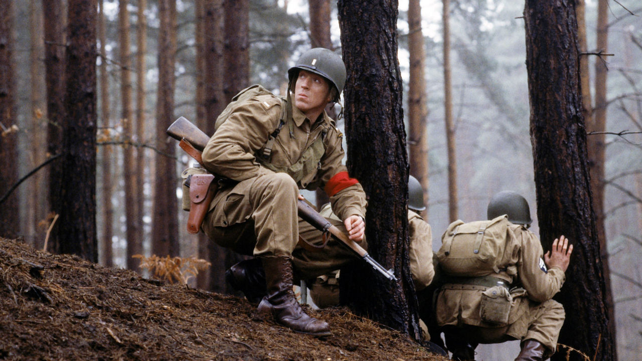 Damien Lewis in Band of Brothers