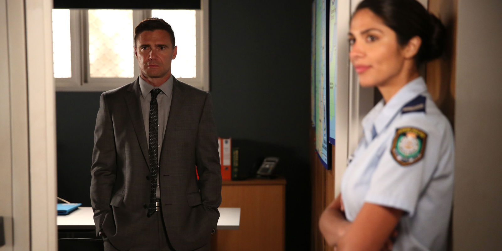 Home and away spoiler dylan 39 s true colours slip out after for Wallpaper home and away