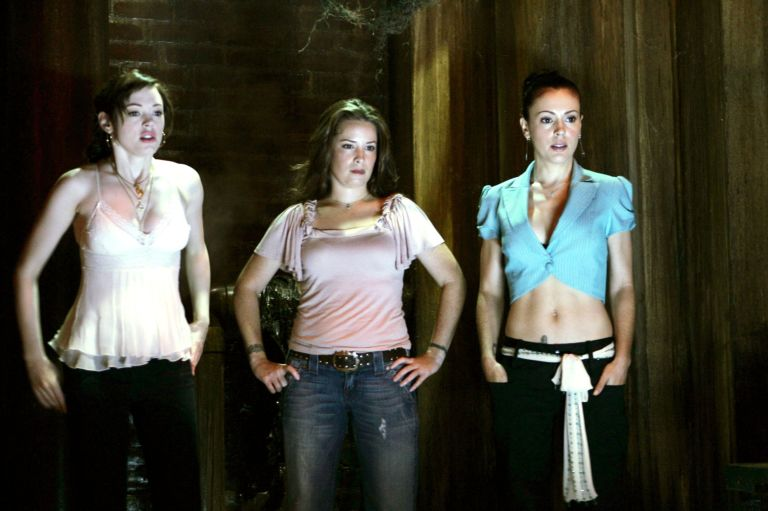 Is charmed coming back to tv with the original cast rose mcgowan holly marie combs alyssa milano in charmed season altavistaventures Gallery