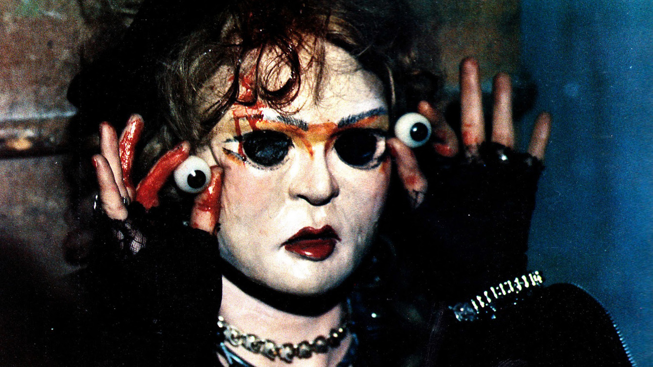 the 15 scariest movie dolls ever from chucky to puppet master