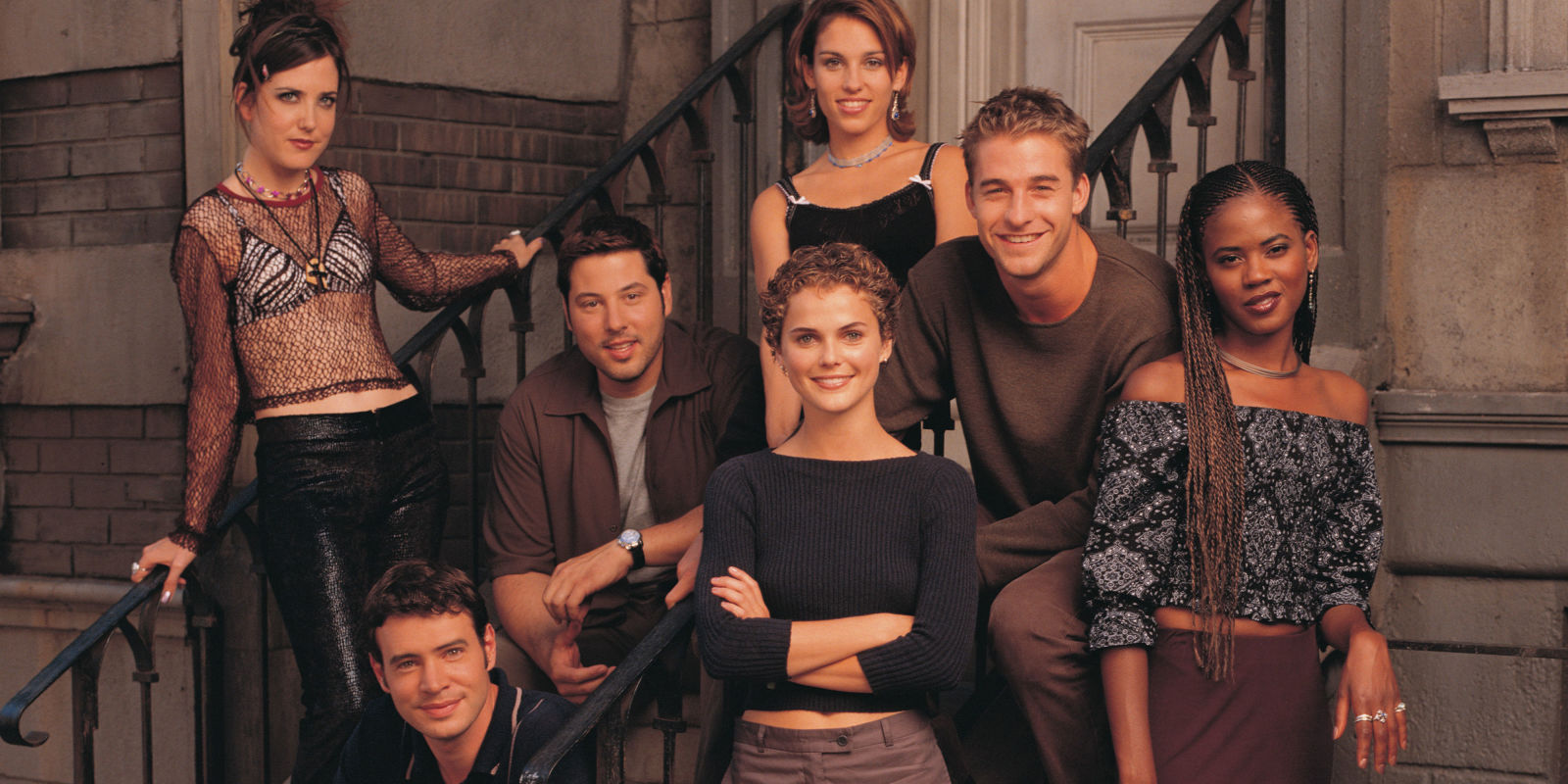 what do the cast of felicity look like now 14 years on. Black Bedroom Furniture Sets. Home Design Ideas