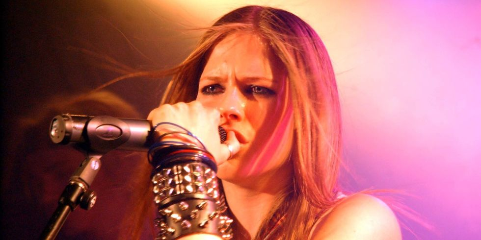 Avril Lavigne signs on as new Nightwish singer - The Metal Review