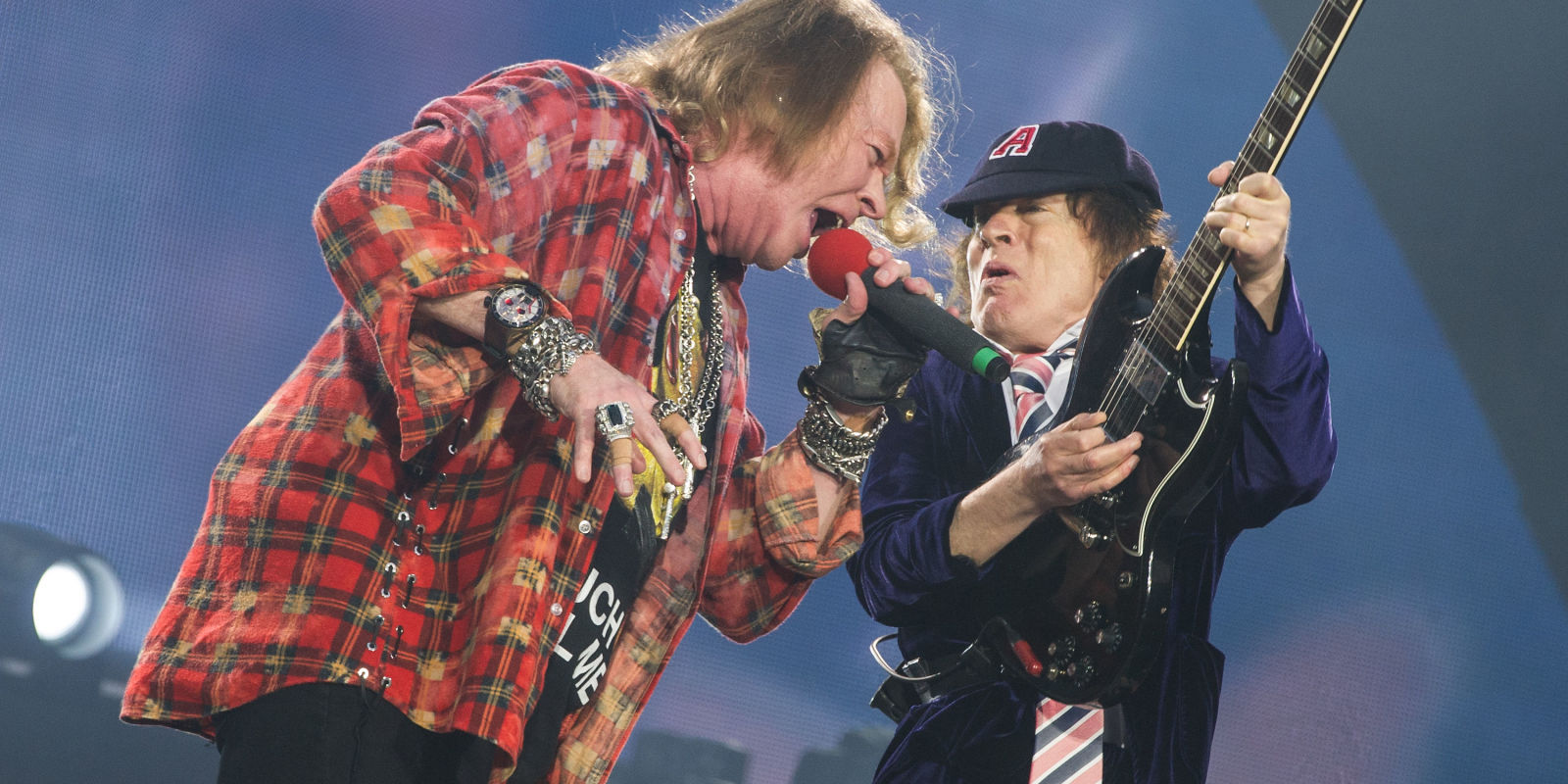 Ac Dc And Axl Rose Play The First Ever Show At London S