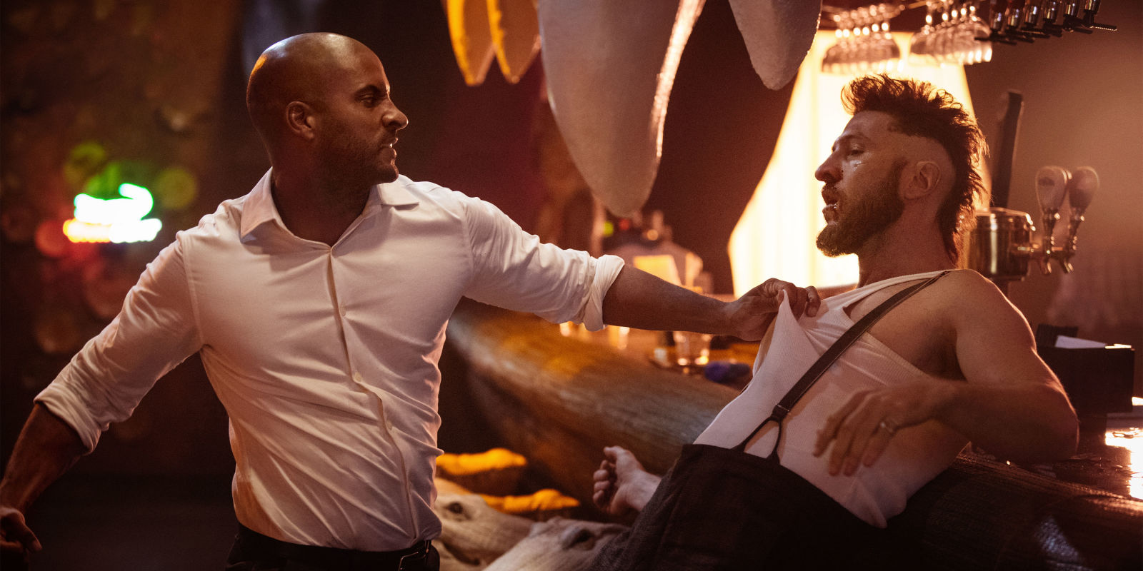 american gods American gods released from prison, shadow finds his world turned upside down his wife has been killed a mysterious stranger offers him a job.