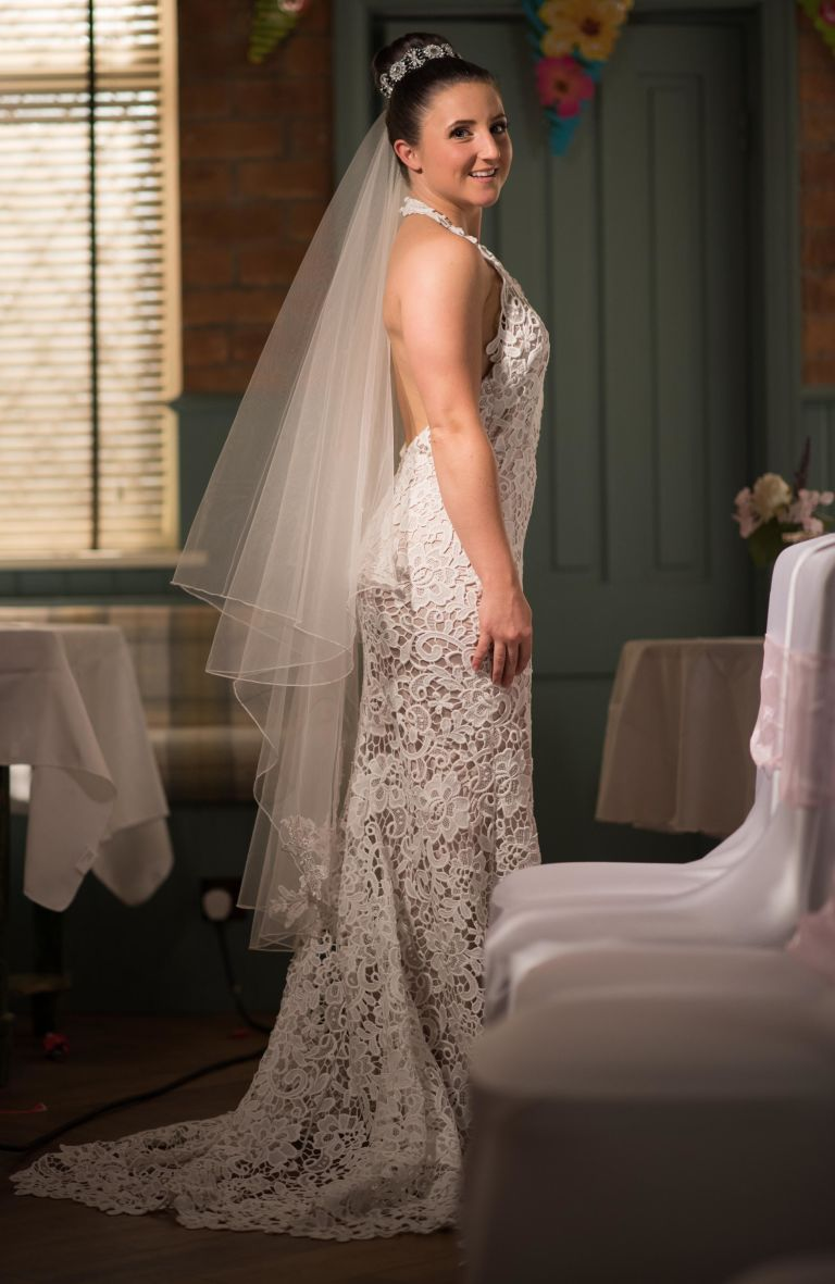 Hollyoaks spoiler: Kim runs out of her wedding to Esther