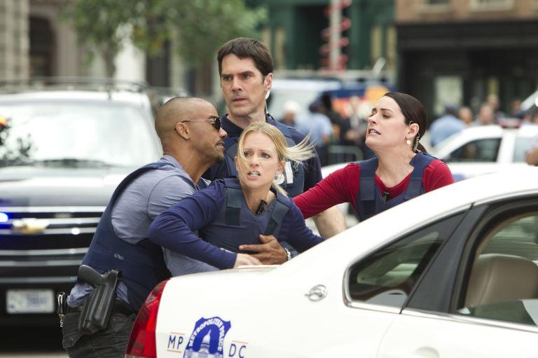 Paget Brewster & AJ Cook in Criminal Minds