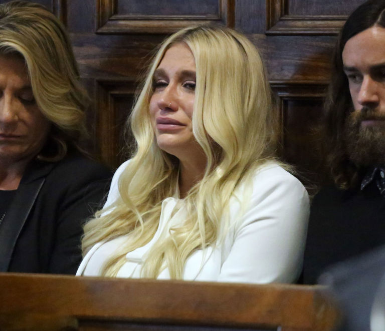 kesha cries in court she learns she will not be released from her record label contract