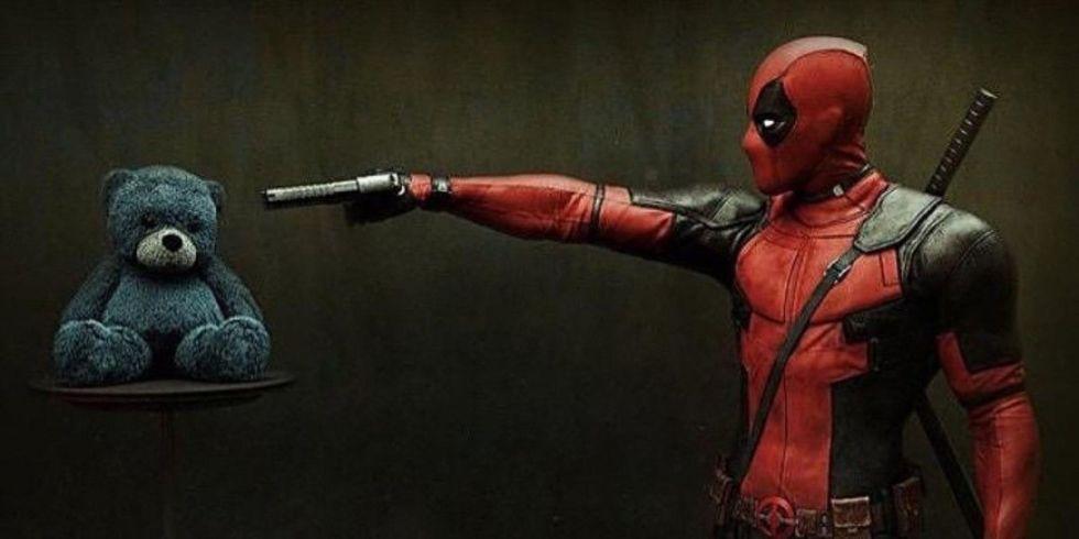 Taylor Swift borrows Ryan Reynolds's Deadpool costume for Halloween