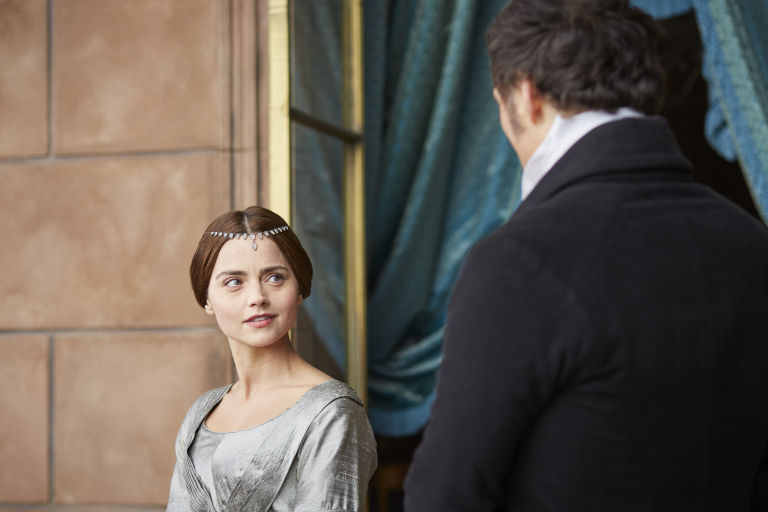 The Queen and Lord Melbourne in ITV's Victoria, s01e04