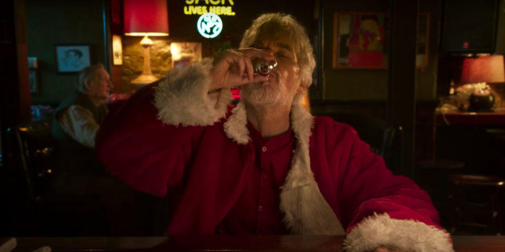 billy bob thornton hits on mad mens christina hendricks in hilarious new bad santa 2 trailer - Christmas Pictures With Santa 2