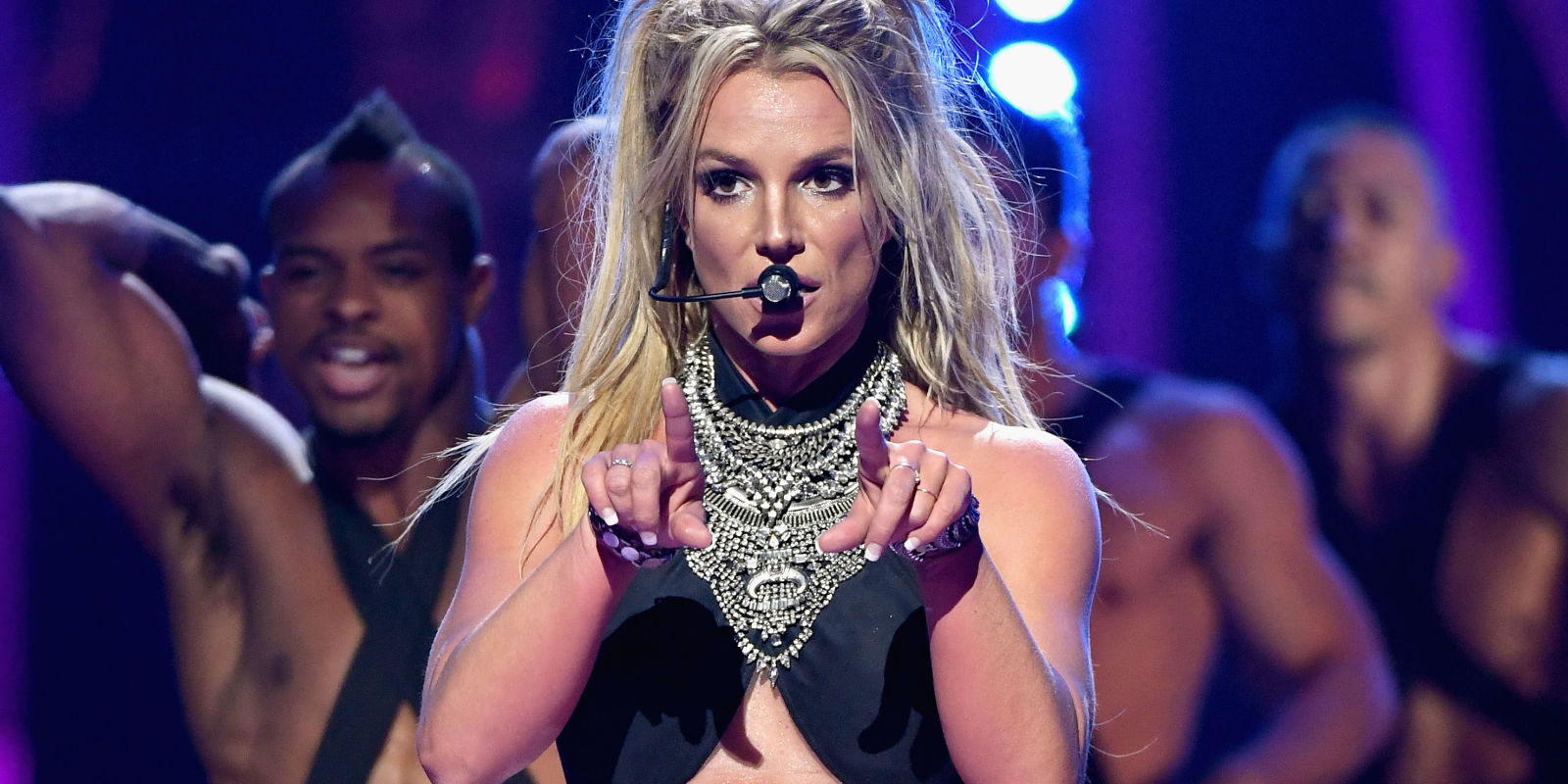 LAS VEGAS, NV - SEPTEMBER 24: Britney Spears performs onstage at the 2016  iHeartRadio