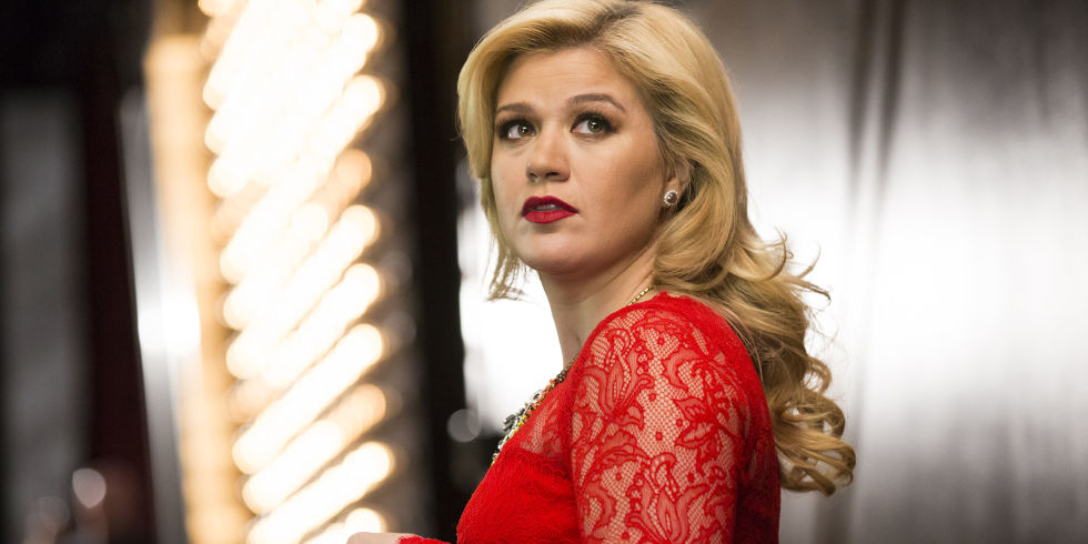 Kelly Clarkson says her new album sounds like Whitney Houston meets ...