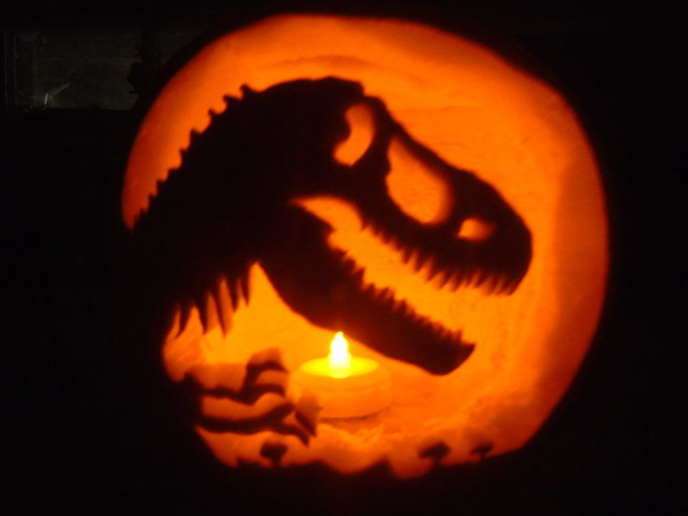 24 amazing halloween pumpkin designs youll want to try yourself from the walking dead to star wars - Pumpkin Designs