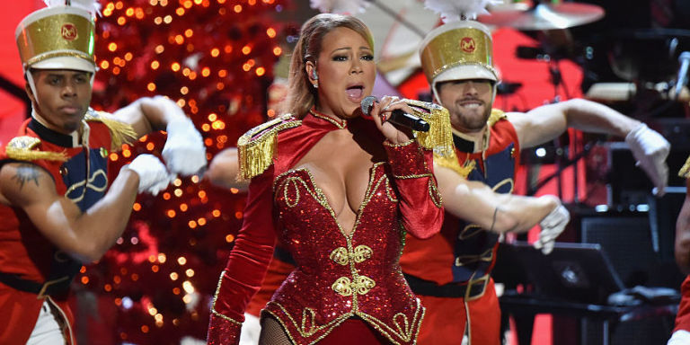 new york ny december 02 mariah carey performs onstage during 2016 vh1s divas