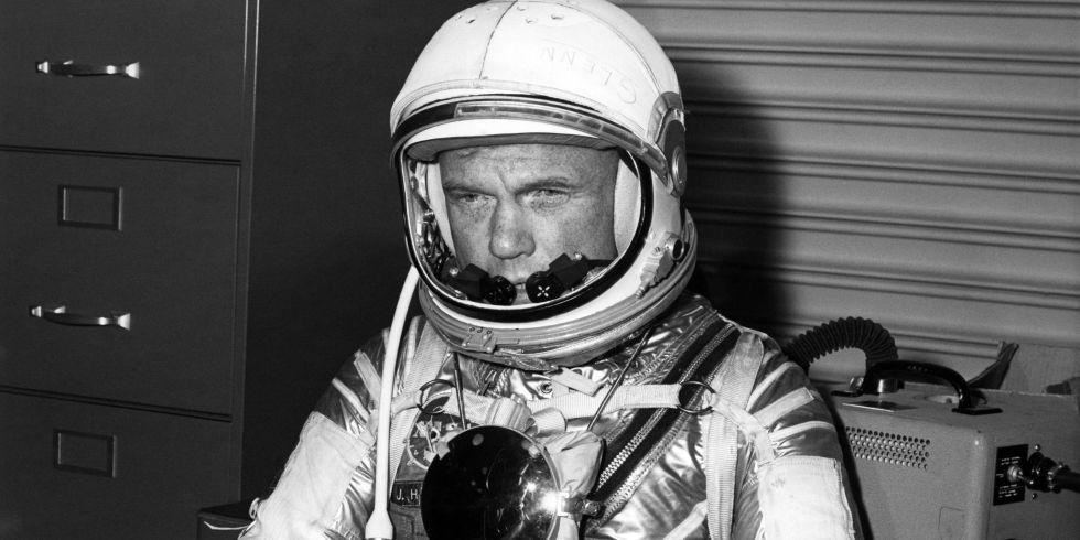 Astronaut dating simulator ariane play games