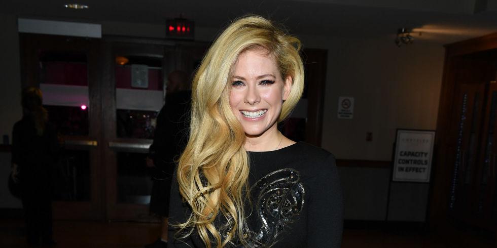 Avril lavigne uk singles dating