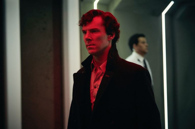 EMBARGOED 0.01 on 1/10: Sherlock Holmes in Sherlock S4 - Ep3