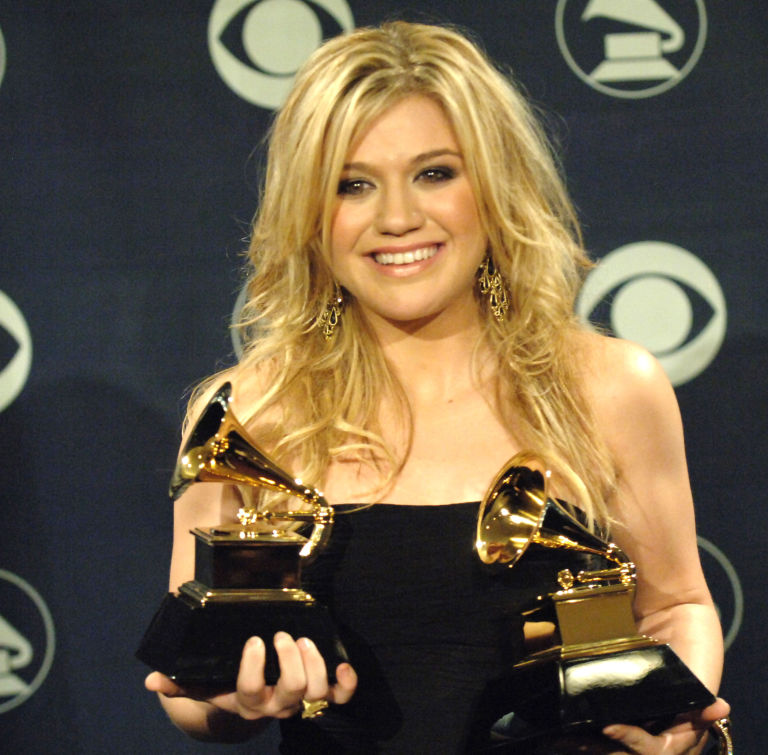 Kelly Clarkson was told she had cancer on day of Grammy Awards ...
