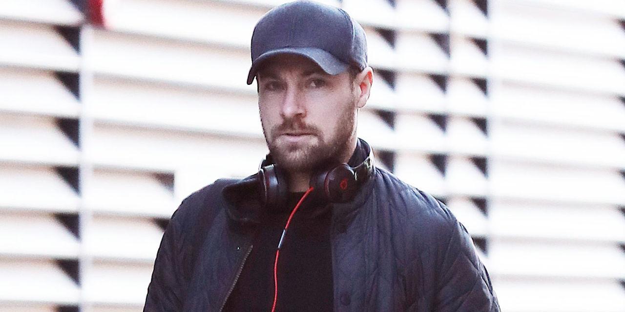 coronation killer rob donovan looks set to return as marc baylis is spotted back on set