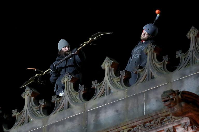 http://digitalspyuk.cdnds.net/17/14/768x512/gallery-1491474763-the-avengers-infinity-war-filming2.jpg