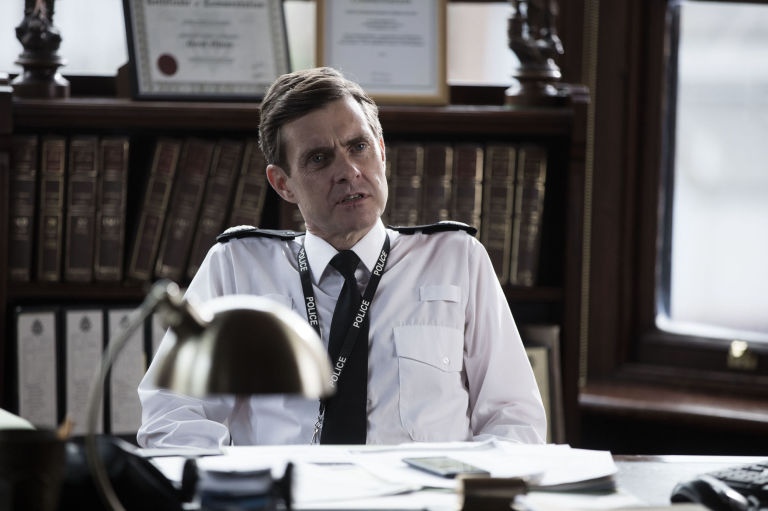 Hilton (Paul Higgins) - Line of Duty - Sesong 4 - © WORLD PRODUCTIONS / BBC / AIDAN MONAGHAN