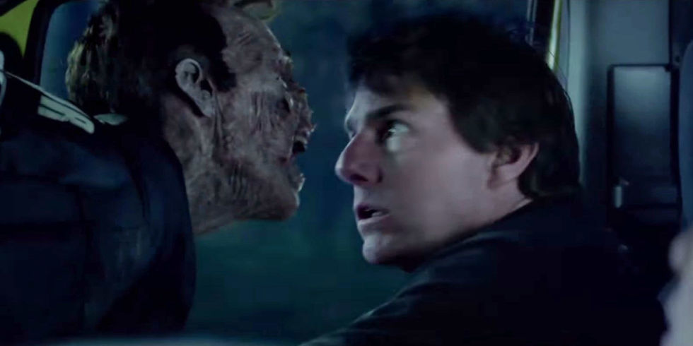 mummy s final trailer sees tom cruise fight zombies