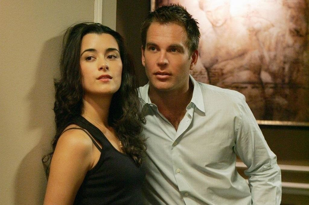 dinozzo and ziva dating Special agents tony dinozzo and ziva david have been dancing a  and  really, even though they&#x27ve already been naked together.