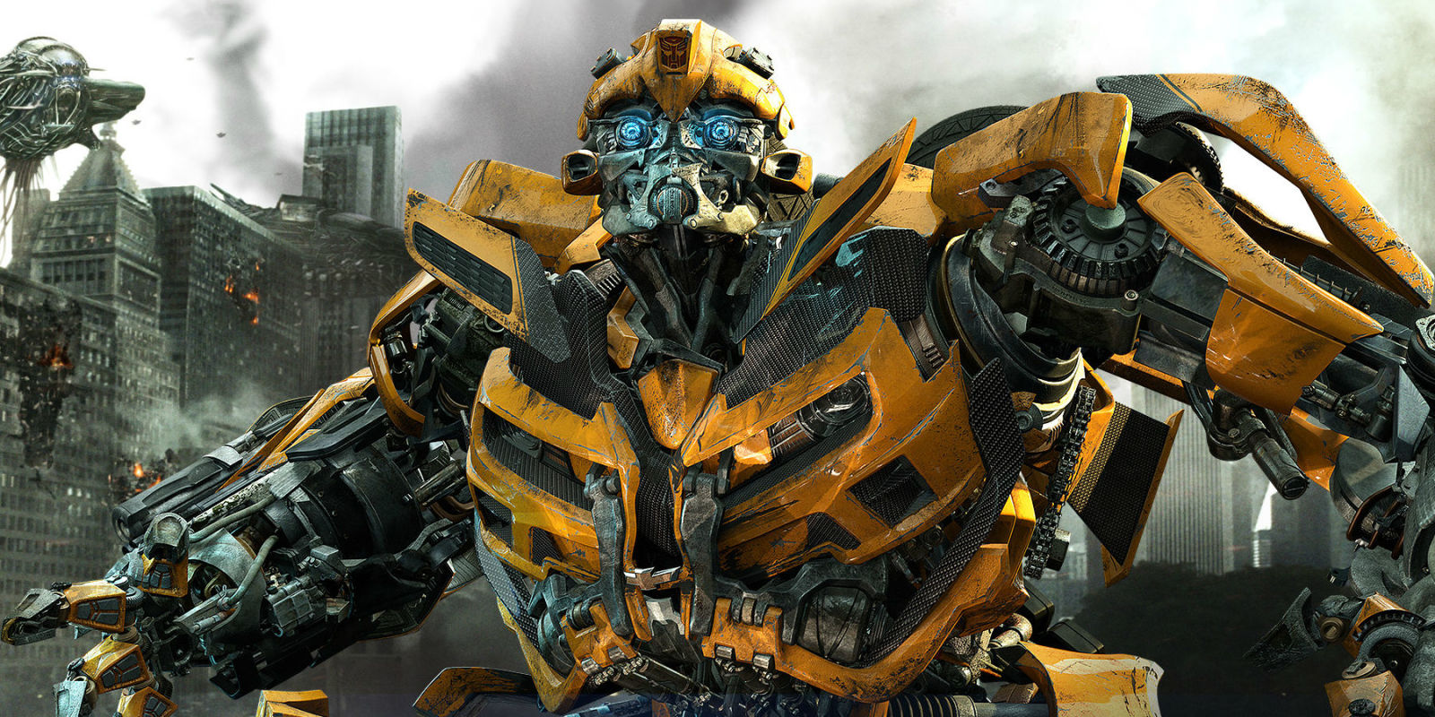Transformers Spin Off Bumblebee The Movie Drops First Look Photo Emas 05 Gran With Hailee Steinfeld