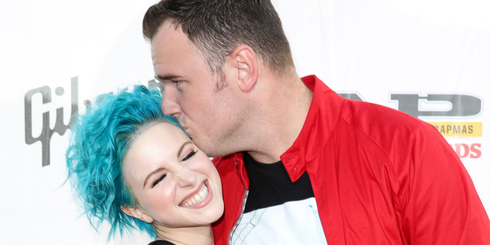 Paramore's Hayley Williams announces split from husband