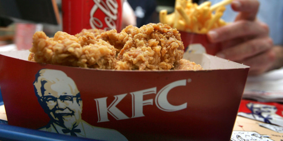 Burger King offers disgruntled KFC fan free chicken for a year