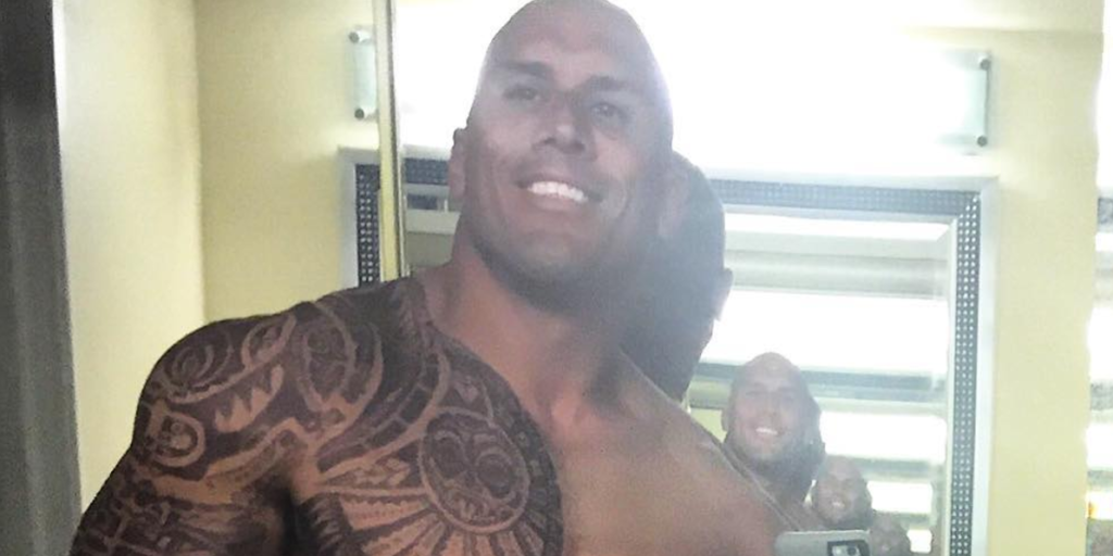 Dwayne Johnson's cousin looks just like him AND he's his ...