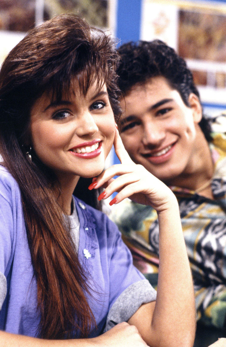 tiffani thiessen mario lopez saved by the bell