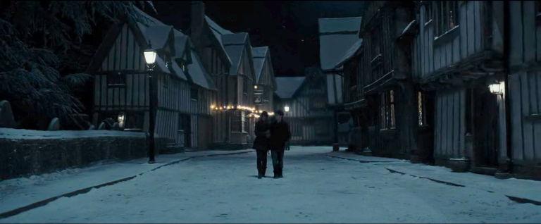 Harry Potter, Godric's Hollow, De Vere House