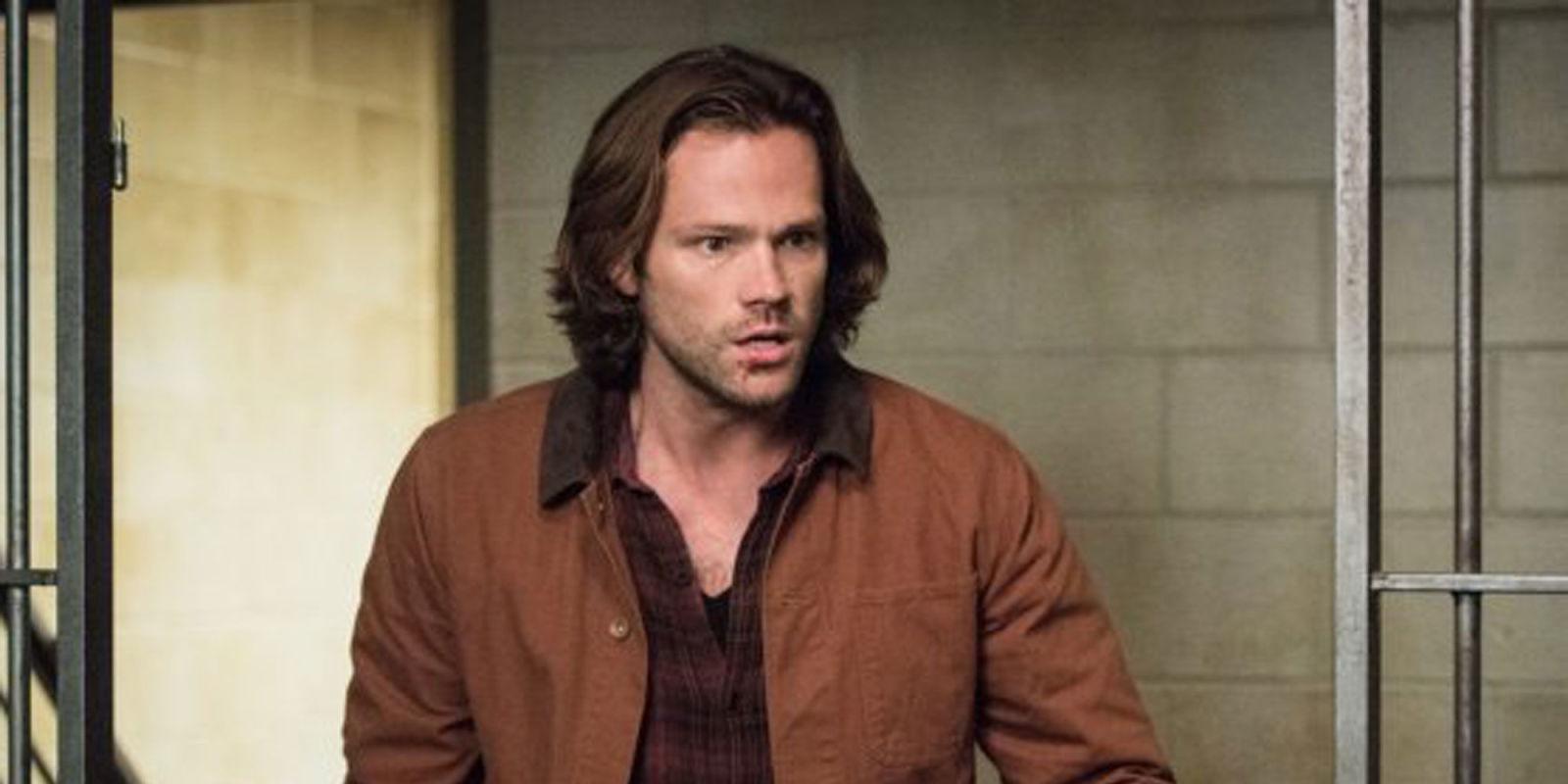 Supernaturals Season 13 Premiere Drops Big Castiel Reveal Supernatural 1 12 Serial Tv Series