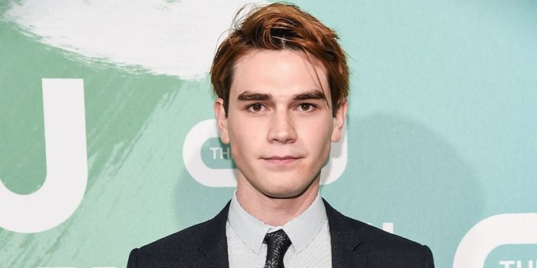 Did KJ Apa Just Confirm Hes In A Relationship With Model