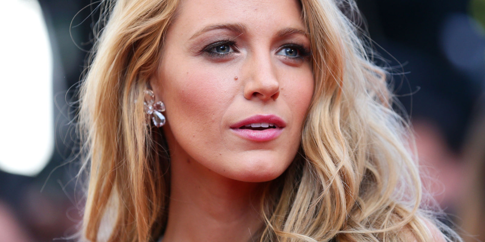 Blake Lively says she was harassed by a make-up artist