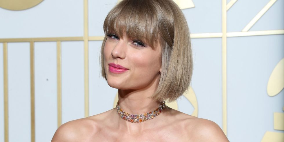 Taylor swifts reputation has already sold 400000 copies taylor swift at the grammys stopboris Image collections