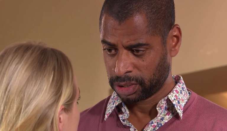 Leela Lomax and Louis Loveday get closer again in Hollyoaks
