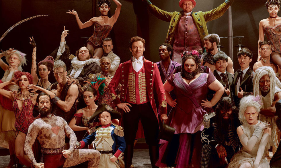 http://digitalspyuk.cdnds.net/17/50/980x588/gallery-1513337323-the-greatest-showman-cast-hugh-jackman.jpg
