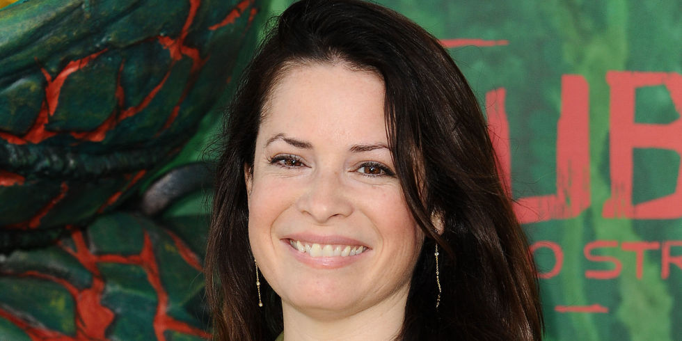 Charmed And Pretty Little Liars Holly Marie Combs May Be Hinting