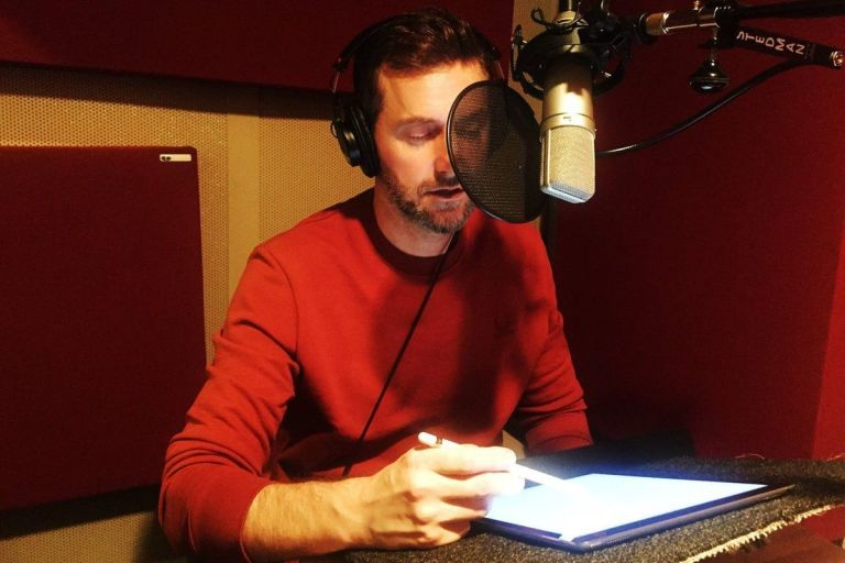 Richard Armitage recording an audiobook