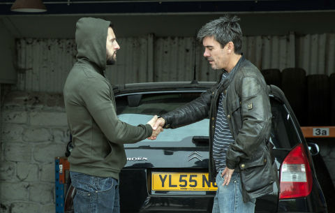 Ross Barton makes a deal with Cain Dingle in Emmerdale