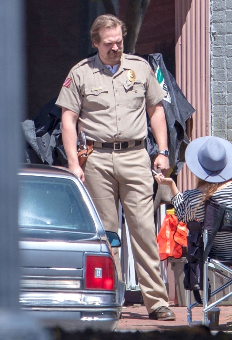 NO REUSE, David Harbour who plays Jim Hopper films scenes for Stranger Things season 3
